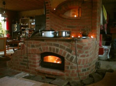 great traditional russian wood stove heater page    gotta