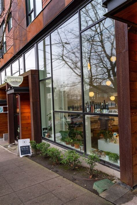 They source, roast, brew, teach, and celebrate specialty coffee. Best Coffee In Seattle: 12 Seattle Coffee Shops, Ranked