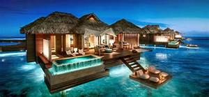 Overwater bungalows in the caribbean caribbean water for Honeymoon villas on the water