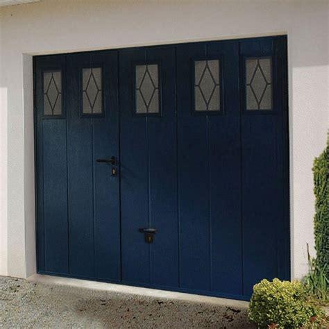 porte de garage basculante avec porte lapeyre photo 4 10 porte motorisante bleue pour votre