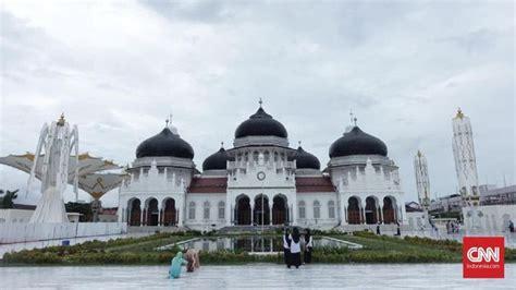 paras masjid baiturrahman setelah tsunami aceh   silam