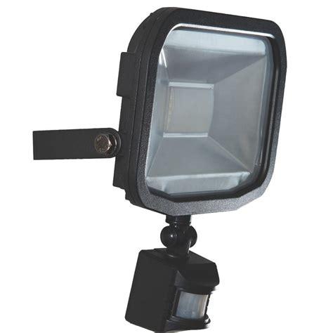 luceco slimline guardian pir sensor 20w led outdoor