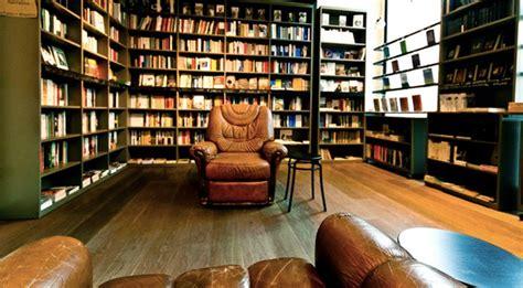 Libreria Caffetteria by Caff 232 Con Libreria I Caf 232 In Tutta Italia Con Libreria