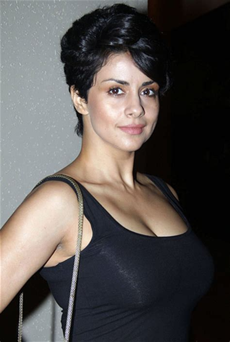 gul panag hd wallpaper picture image gallery