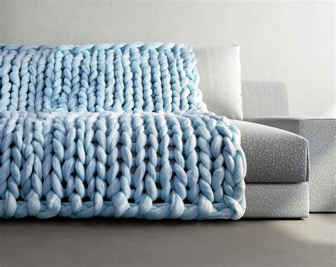how to knit large blanket extremely chunky knits by anna mo look like they re knit by giants bored panda