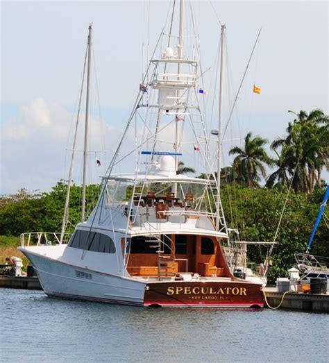 Boat Crash Captains Quarters by Speculator Yacht Charter Details Merritt Charterworld