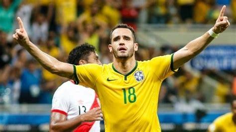 Renato Augusto revela que tentou voltar ao Flamengo ...