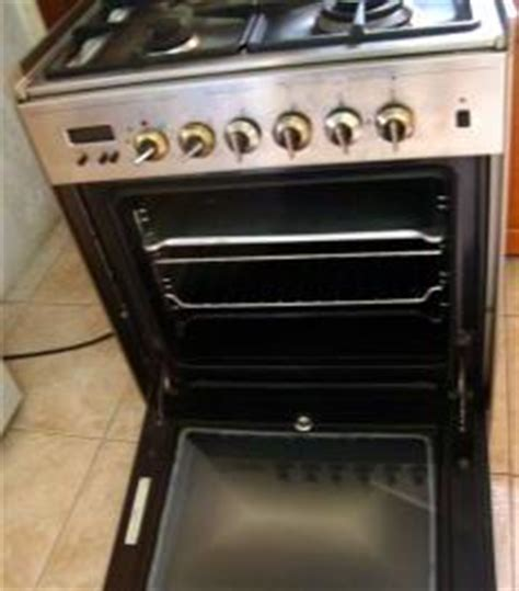 Elba Gas Electric Range Stove Top with Oven   Used Philippines