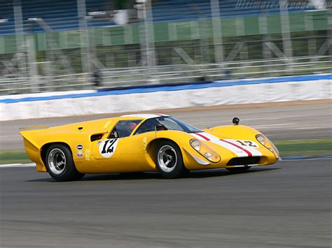 Lola T70 Mk3B Coupe Chevrolet High Resolution Image (22 of 24)