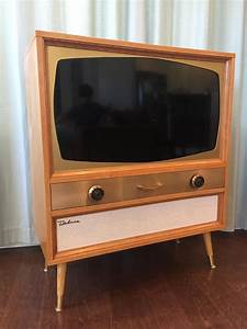 I Built A Mcm Television Cabinet For A Flatscreen Tv In