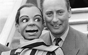 Peter Bough with his ventriloquist dummy Archie Andrews at ...
