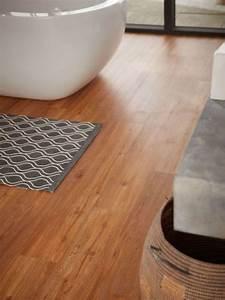 Laminat Fürs Bad : sch ner vinylboden f rs bad angenehm zum laufen pflegeleicht und feuchtraum geeignet ~ Watch28wear.com Haus und Dekorationen