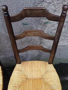 Tapisser Une Chaise : relooker une chaise ancienne cheap comment relooker une chaise relookace suite ancienne with ~ Melissatoandfro.com Idées de Décoration