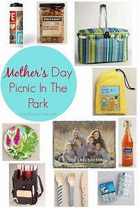 Celebrate Mother's Day with a picnic in the park!