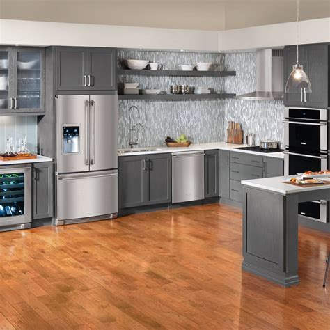 apartment kitchen decorating ideas on a budget staggering studio apartment decorating on a budget decorating ideas images in living room