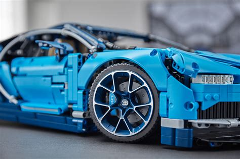 Touted as the fastest and most powerful super sports car in bugatti's history, the lego recreation is perhaps the closest we'll get to the real thing for us mere mortals. Annunciata ufficialmente la Bugatti Chiron LEGO 42083