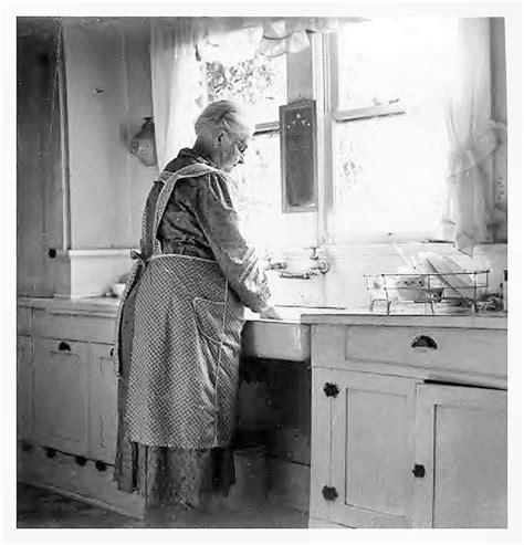 1930s kitchen sink 424 best images about vintage kitchen on 1920s 1025