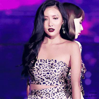 Difference Same Pop Vibe Idols Female Hwasa