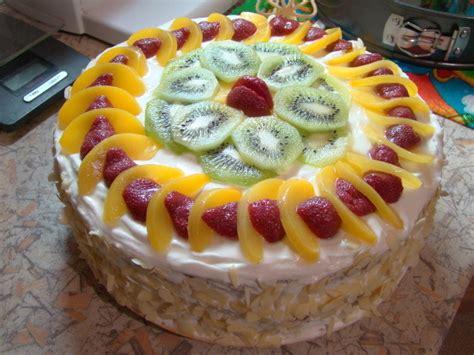 Как быстро украсить торт 6 простых вариантов