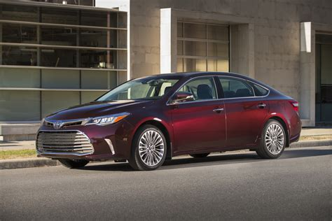 First Drive 2018 Toyota Avalon Autosca