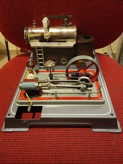 vintage wilesco   fire heated box steam engine