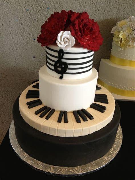 1000+ Images About Wedding Cakes On Pinterest Seashell