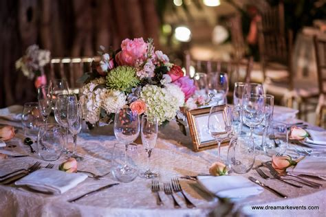 DreamARK Events Blog: Rustic Style Wedding decoration
