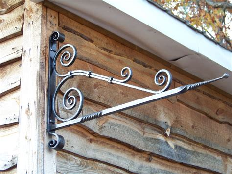hand  sign hanger  shade tree forge custommadecom