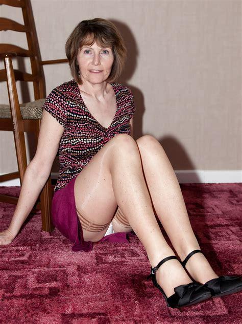 best mature amateur ladies wearing white panties pix mix 5