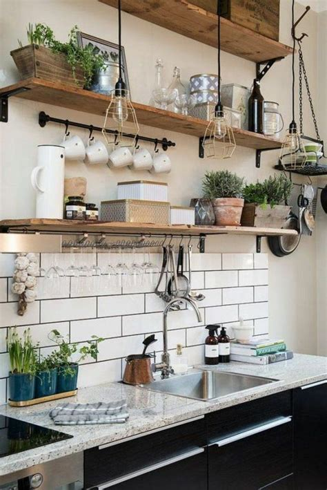 etagere cuisine bois le rangement mural comment organiser bien la cuisine étagère murale cuisine cuisines