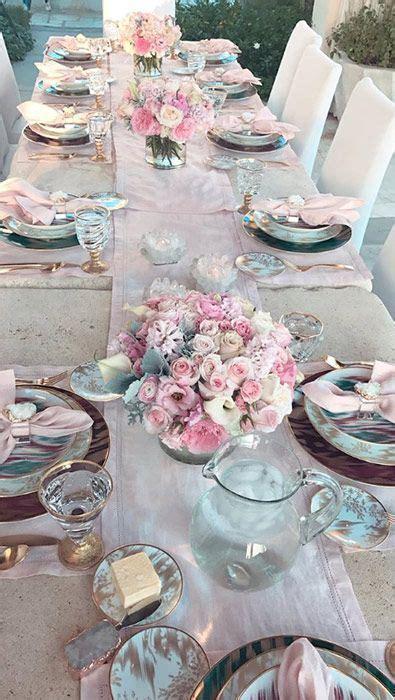 khloe kardashian hosts lavish dinner party  celebrate