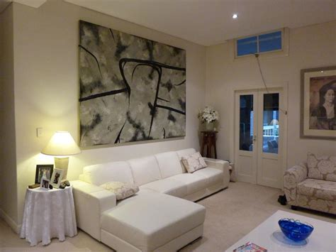 Using Abstract Artworks For Interior Design