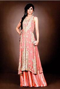 what to wear to an indian wedding guest attire for a With indian wedding guest dresses