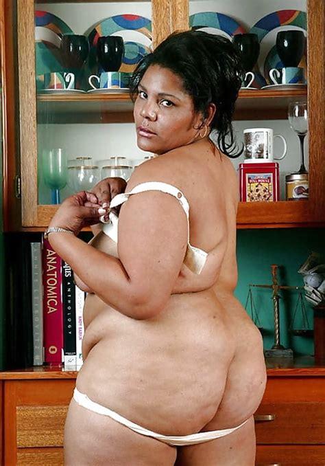 Fat Ebony Mature Mom Spreading Hairy Pussy 8 Pics Xhamster