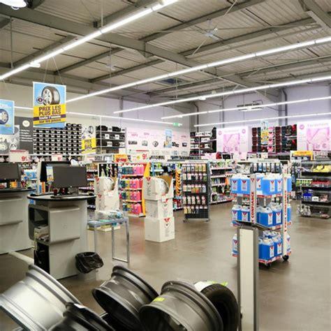 magasin spécialisé cuisine eclairage d 39 un magasin spécialisé automobile trato