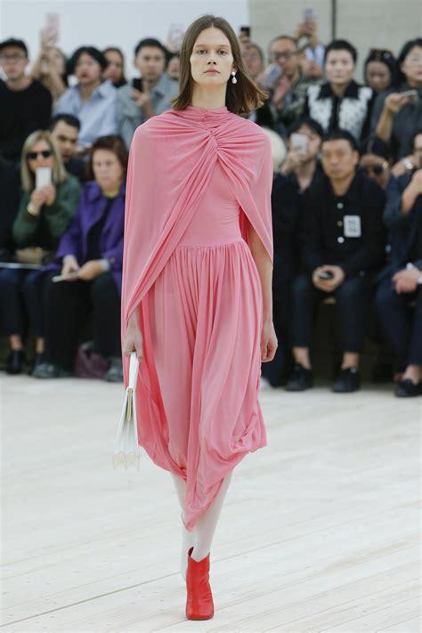 top ten  millennial fashion trends university