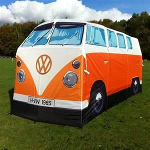 Combi Vw Hippie : tente combi volkswagen 1965 la mode hippie au camping ~ Medecine-chirurgie-esthetiques.com Avis de Voitures