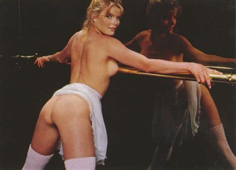 Susan Hemingway  nackt