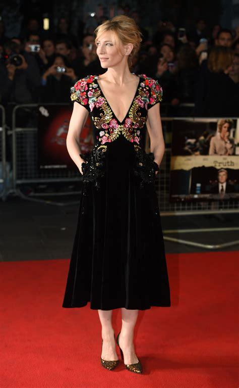 Cate Blanchett brilha com decote poderoso em red carpet em ...