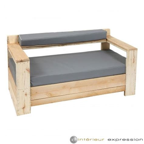 faire des canap駸 canape en bois de palette mzaol com