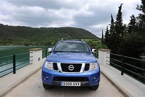 Nissan Navara V6 : nissan navara 3 0 v6 tekna auto express ~ Melissatoandfro.com Idées de Décoration