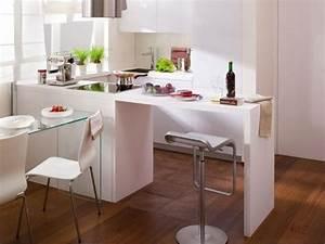 Kleine Küche U Form : einrichtungstipps kleine k che ideen l form k chenzeile esstheke wei glas esstich k che l ~ Buech-reservation.com Haus und Dekorationen