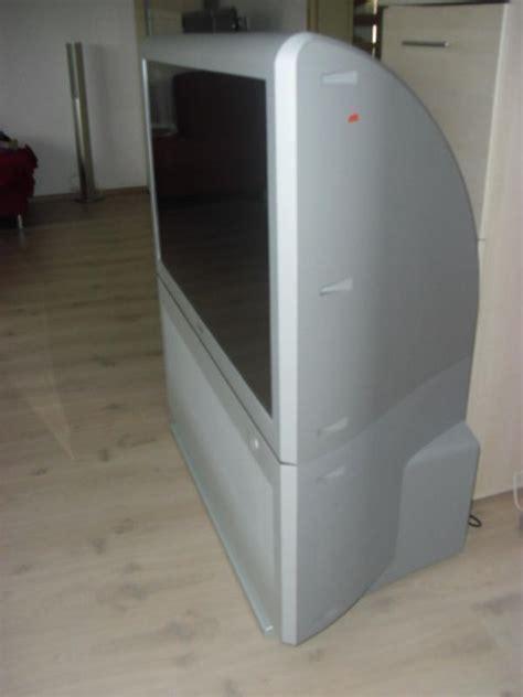 bureau des sports lyon 2 69 tv projecteur sony wega kp 44px3 112cm parfait état
