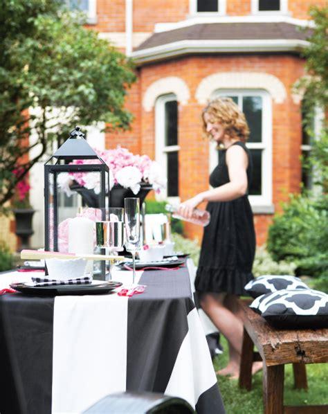 How To Throw A Summer Backyard - throw the summer 10 entertaining tips
