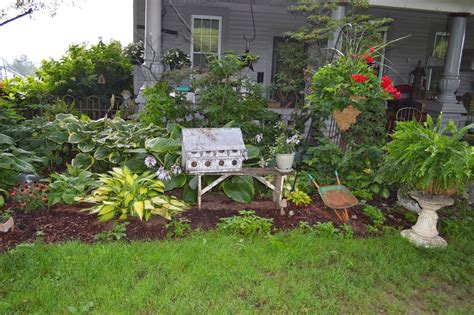 Primitive Flower Bed Ideas Google Search Gardening