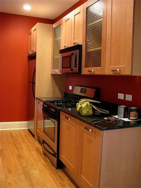 benjamin paint colors for kitchens 17 best images about kitchen wall color on oak 9098