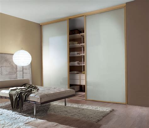 floor to ceiling sliding closet doors home design ideas