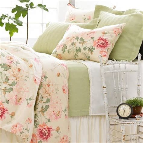 shabby chic pink green bedding pretty green pink floral bedroom these were my bedroom colors before the grey with chocolate