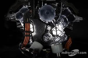 Moteur F1 2018 : mercedes amg f1 w06 mercedes pu106 type hybrid at mercedes amg f1 w06 engine ~ Medecine-chirurgie-esthetiques.com Avis de Voitures
