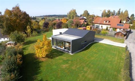 Modernes Holzhaus Am Hang by Modernes Holzhaus Am Hang Bauhandwerk